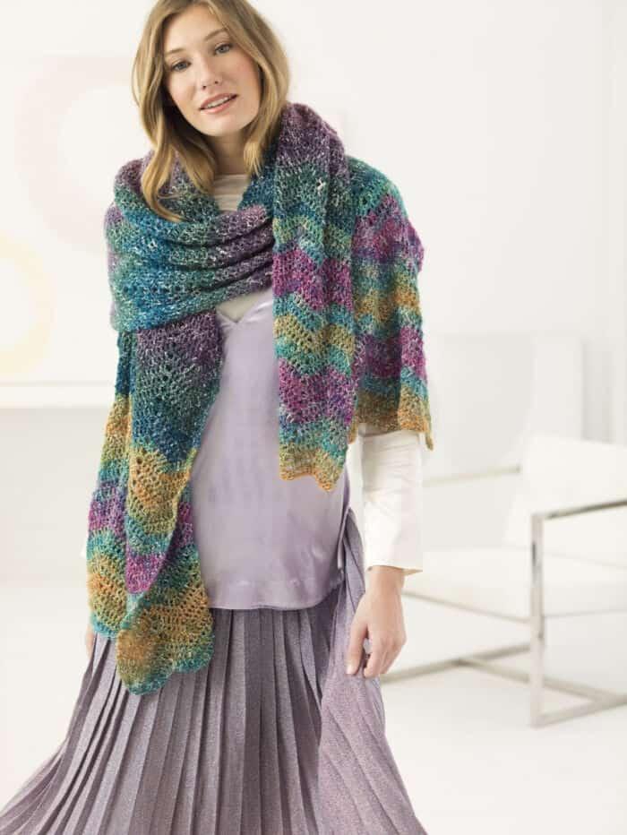 Barbizon-Shawl-by-Lion-Brand-Yarn