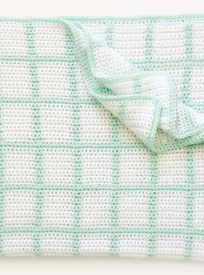 Crochet-Windowpane-Baby-Blanket-by-Daisy-Farm-Crafts