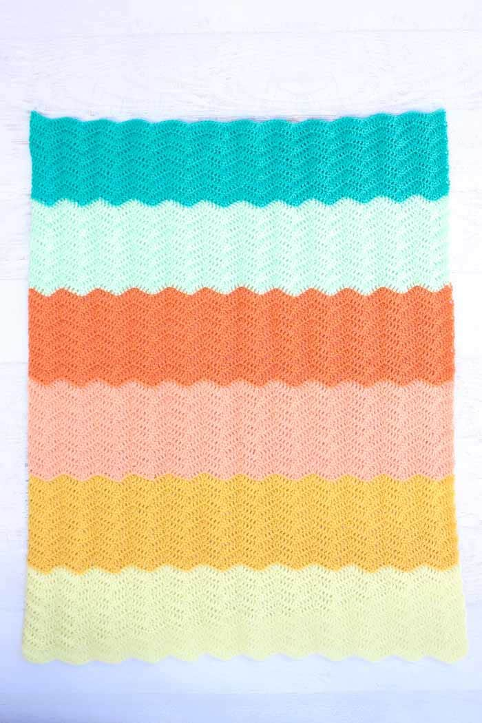 Gender-Neutral-Crochet-Baby-Blanket-by-Make-and-Do-Crew