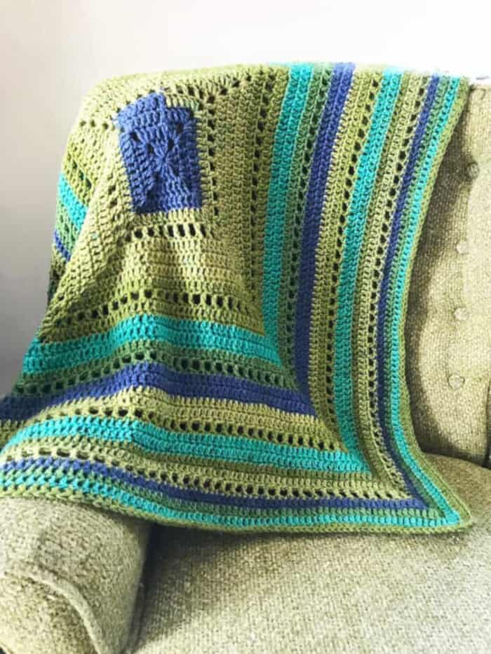 Granny-Filet-Square-Afghan-Crochet-Pattern-by-Marias-Blue-Crayon