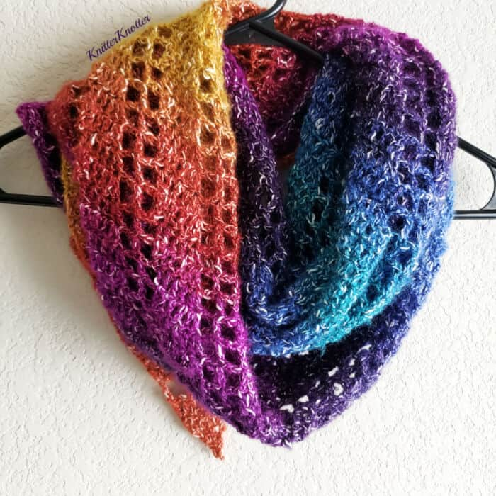 Rainbow-Shawlette-by-Knitter-Knotter
