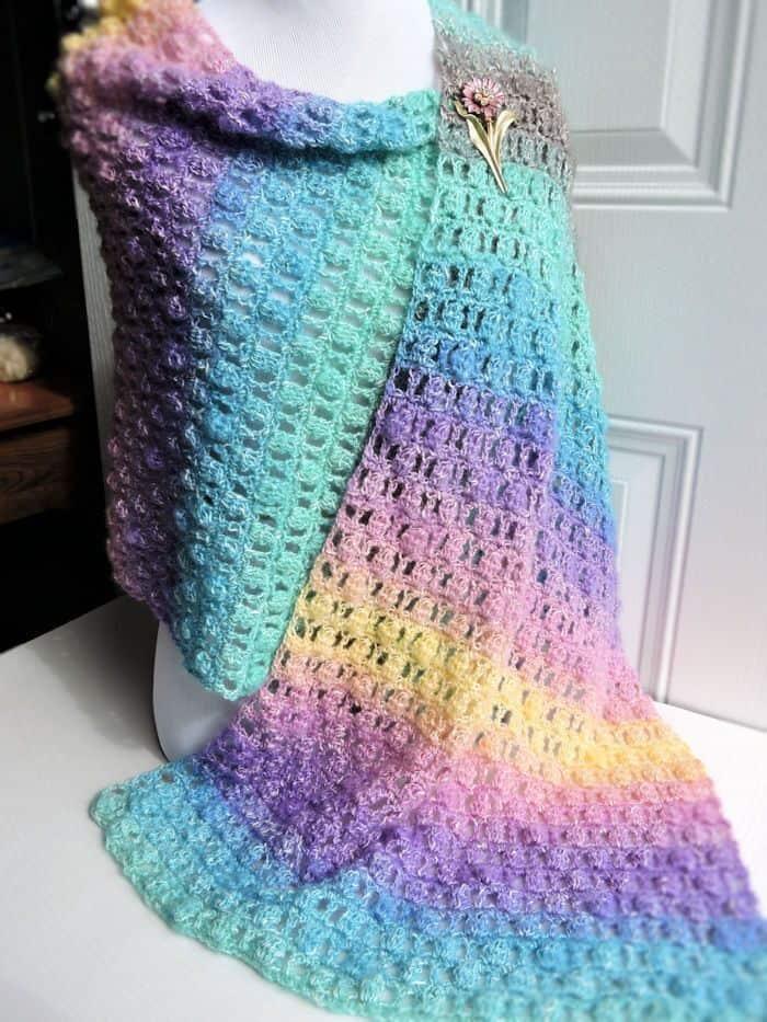 Unicorns-in-the-Mist-Shawl-Free-Pattern-by-Crochet-Kim