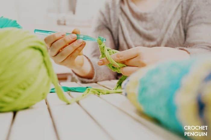 Crochet Hooks Plastic Feat Img