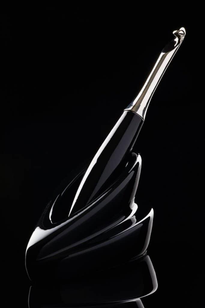 Furls Black Odyssey Single Hook Stand