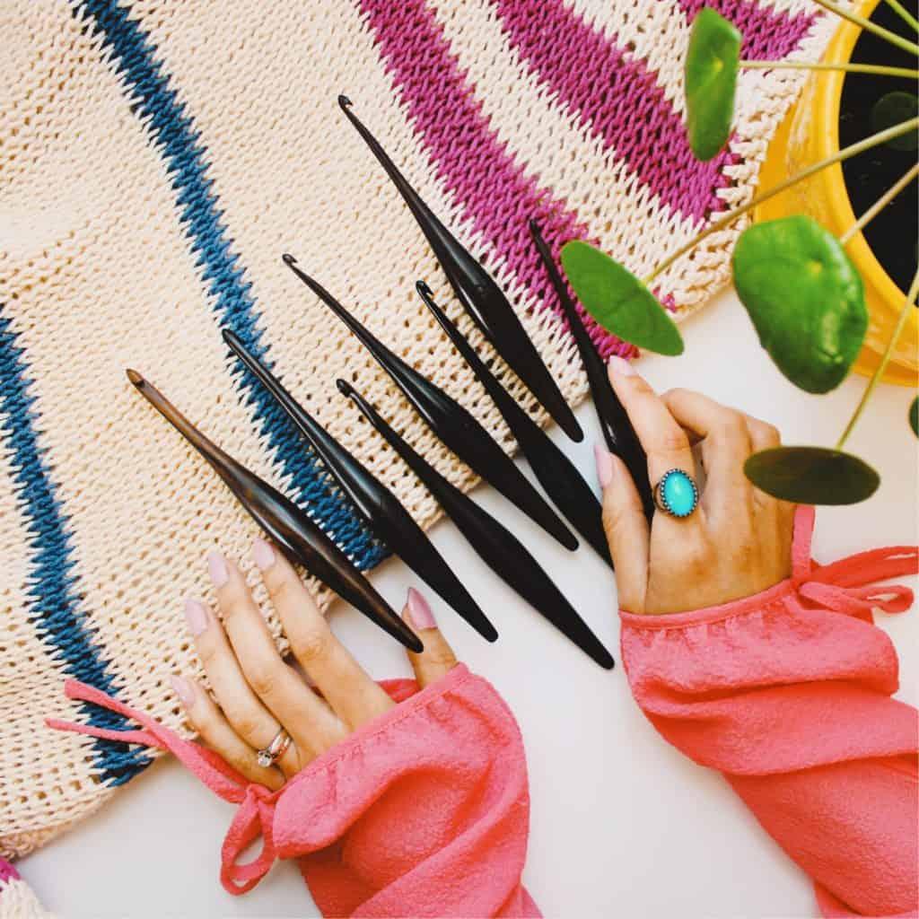 Furls Wooden Crocheting Hooks Pin