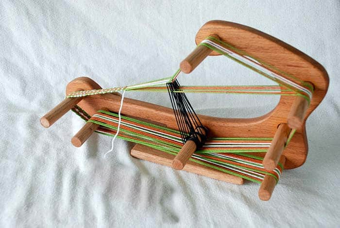 Windhaven Fiber Tools The Minstrel Inkle Loom