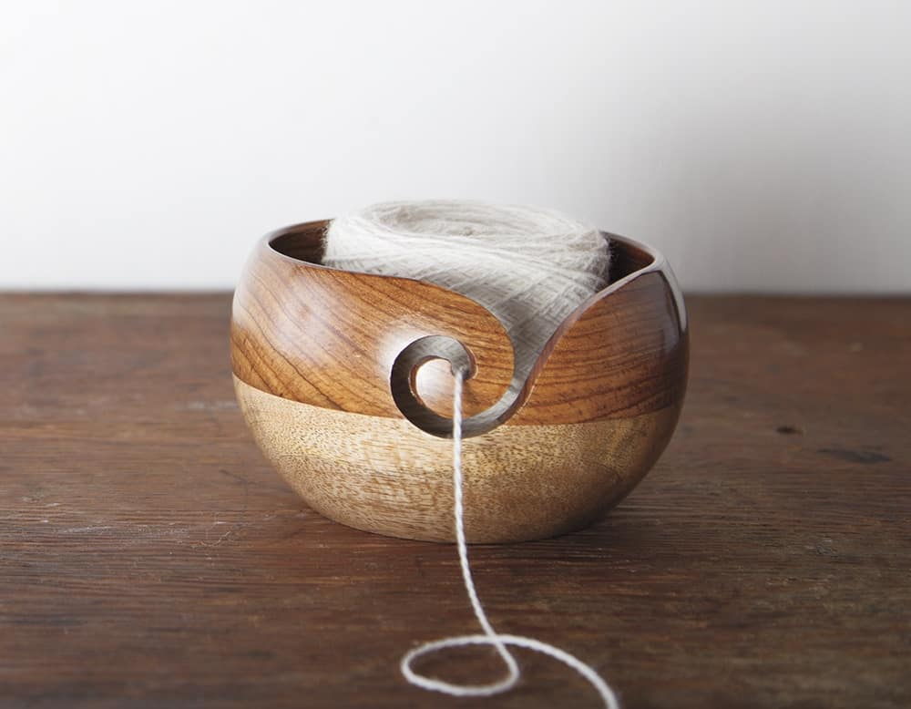Two-Tone Rosewood Mango Wood Yarn Bowl